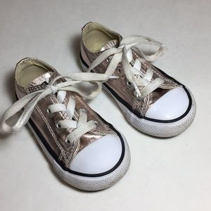 Converse Gold Low Top Sneakers Toddler Size 6 READ